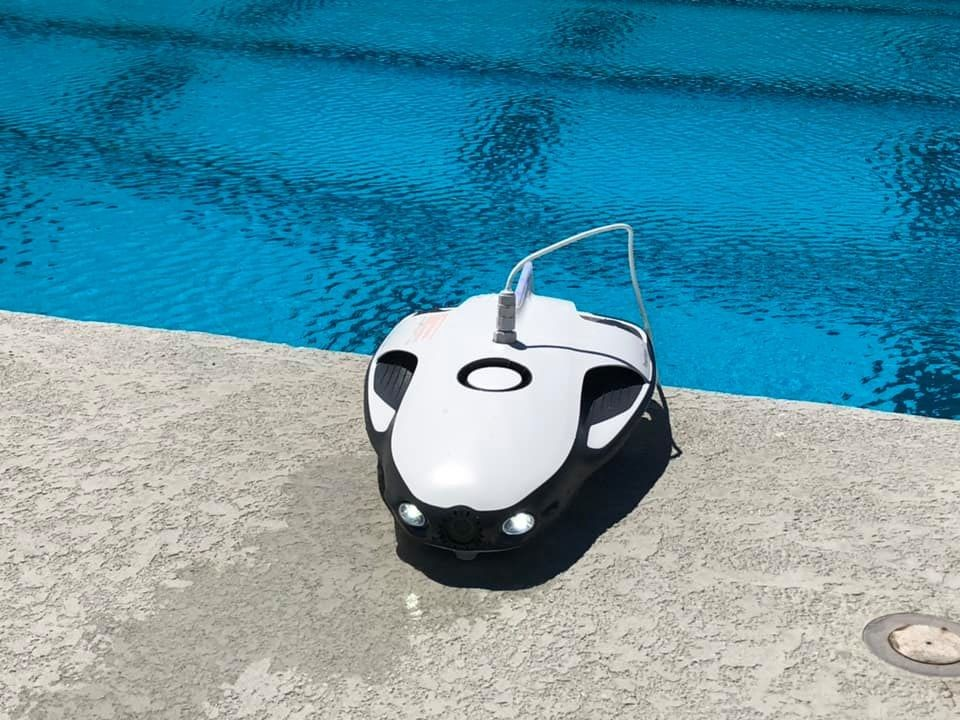 PowerRay at the pool.