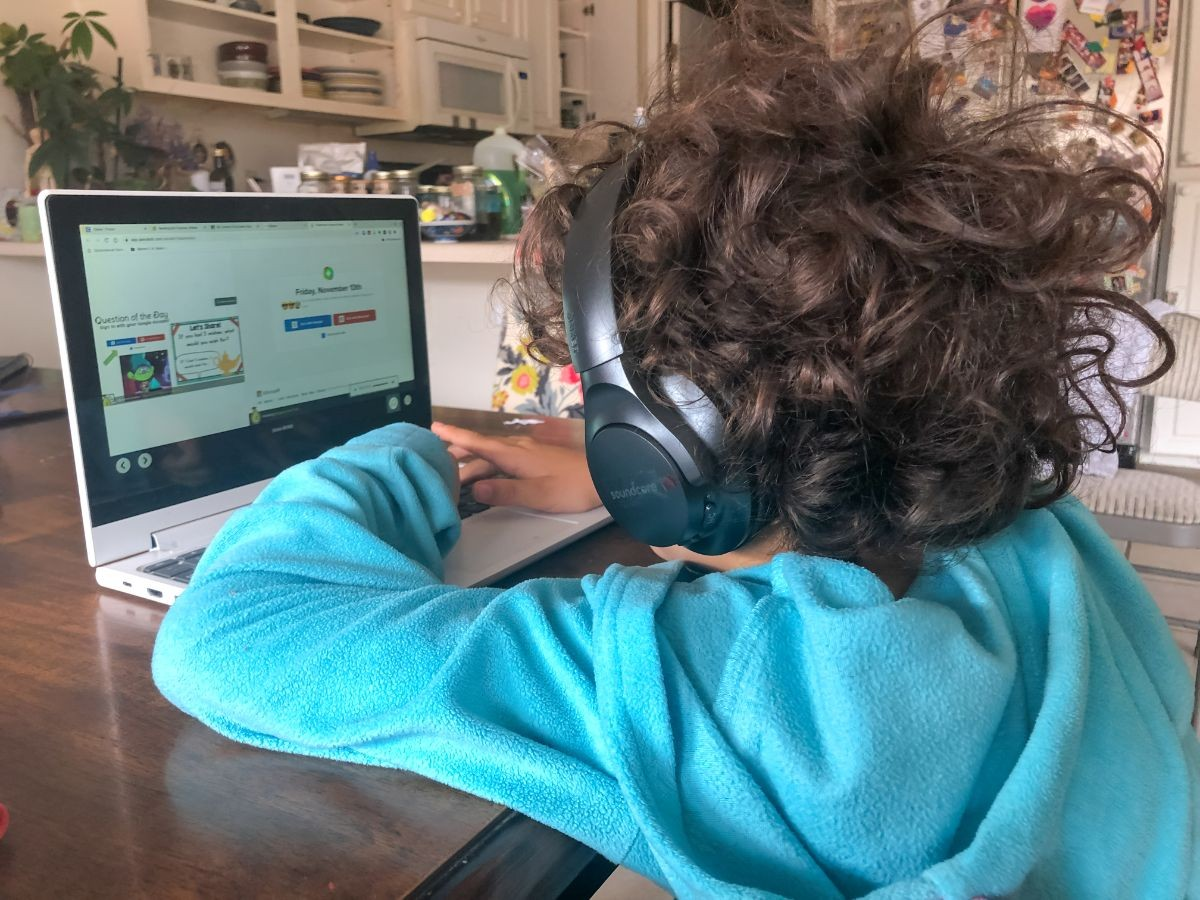 An MPUSD student prepares for distance learning