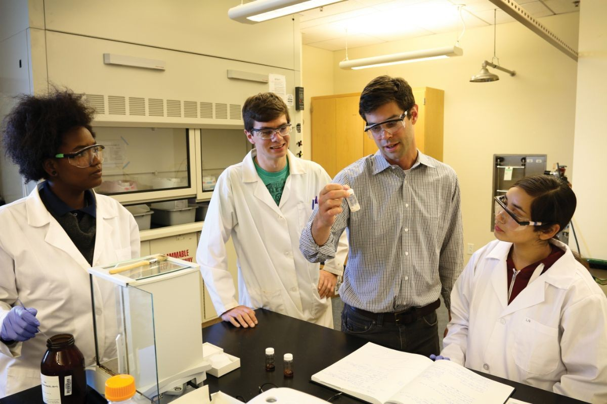 John Goeltz and students in the lab at CSUMB.