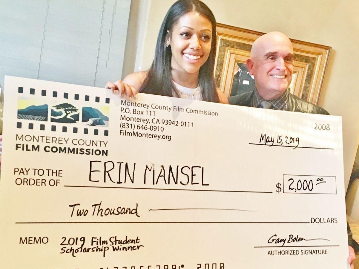Erin Mansel Receives $2,000 scholarship