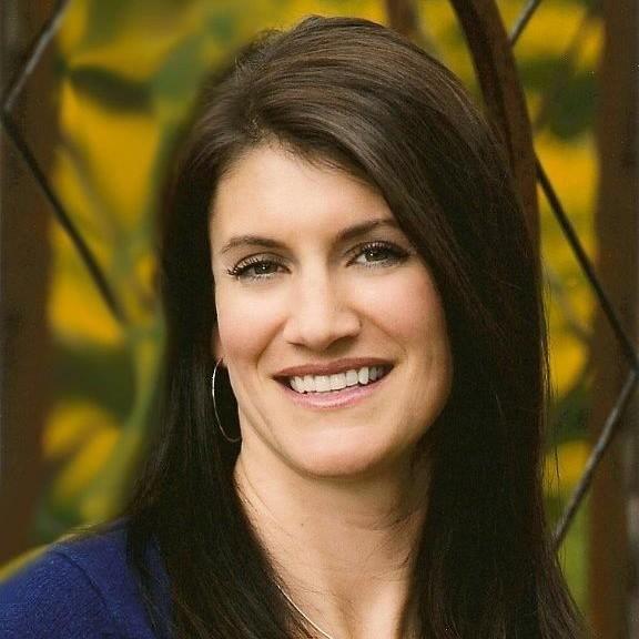 Kelly Swensen-Ellis (BSBA '01) Board Member