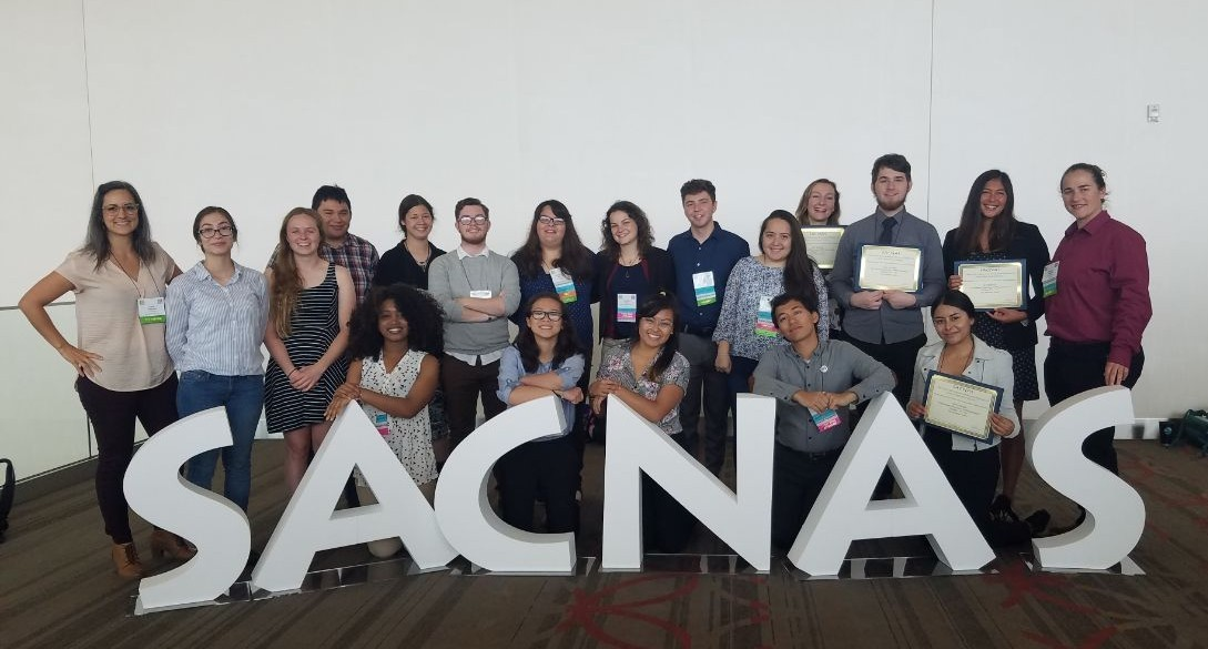 Group picture of UROC students and staff at 2018 SACNAS annual conference
