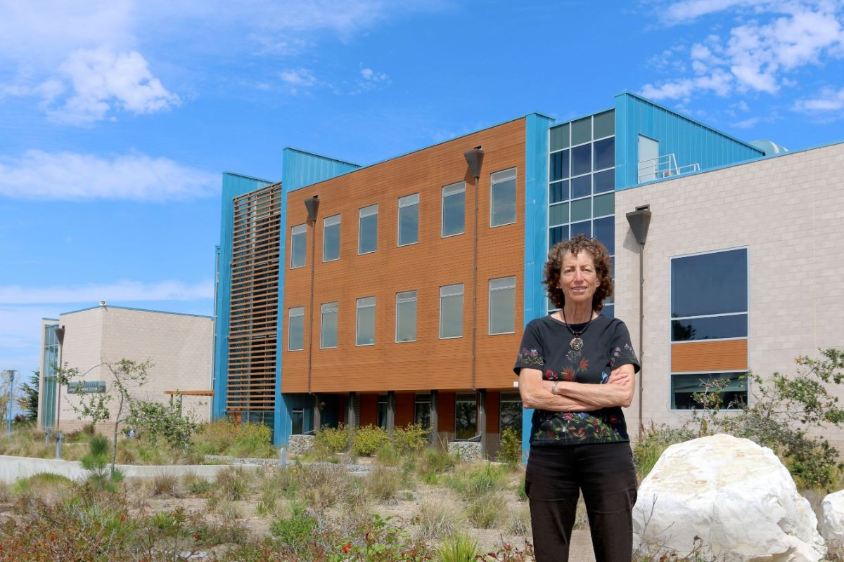 Marsha Moroh standing outside the College of Science building in 2015.