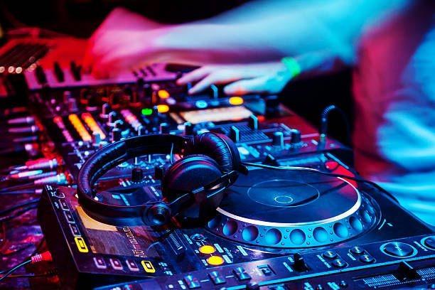 DJ RESILIENCE